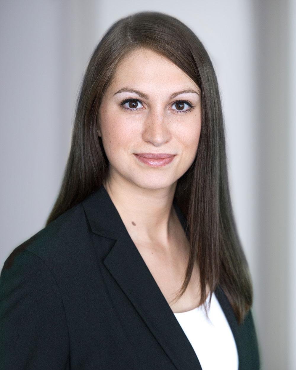 Elena Wenz